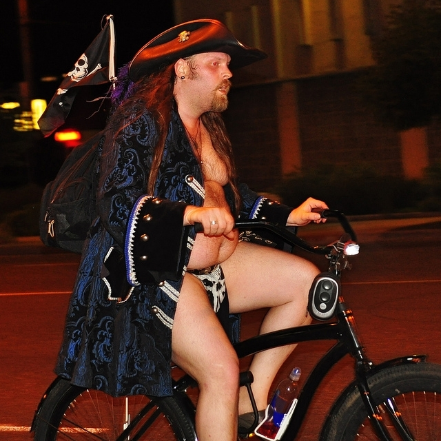 Naked bike pirate
