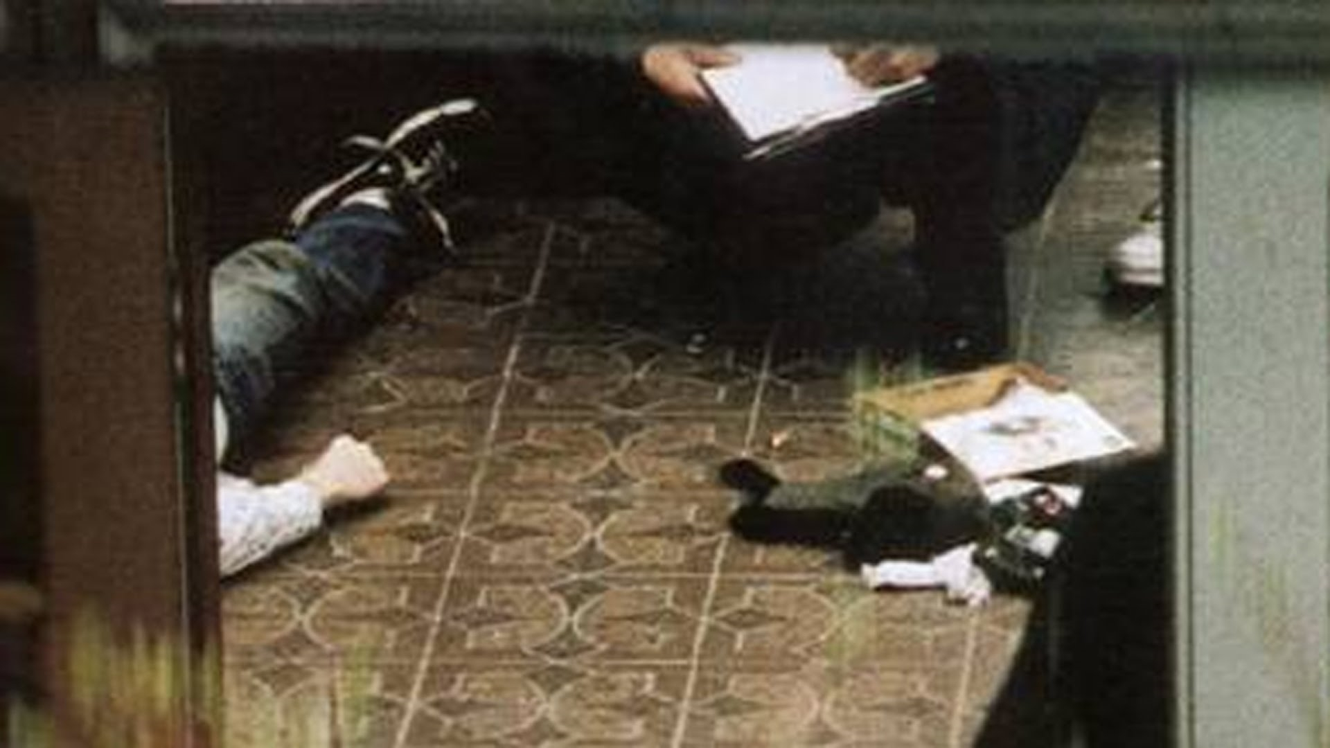 the mystery behind kurt cobains death The events behind kurt cobain's death as seen through the eyes of tom grant, the pi hired by courtney love in 1994 - the events behind kurt cobain's death a.