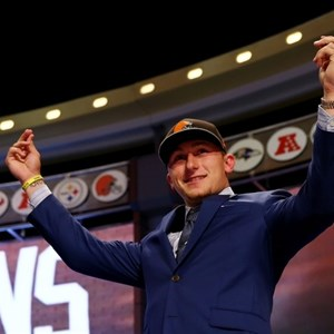 Johnny Manziel Counting Money