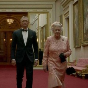 The Queen and 007