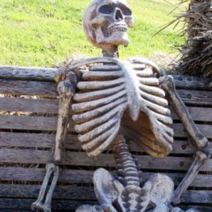 Waiting Skeleton