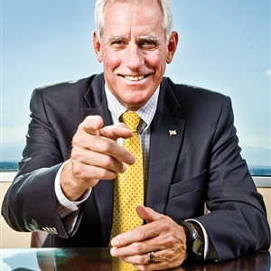 Pete Coors pointing