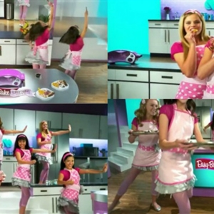 Easy Bake Ultimate Oven Commercial Cute Teens