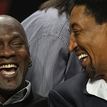 jordan and pippen laughing