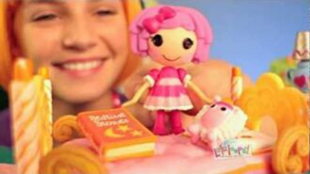 Mini Lalaloopsy Commercial Orange Wig Girl Smiling