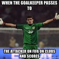 Real Goalkeeper - When the goalkeeper passes to  the attacker on fifa on Clubs and scores