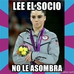 Makayla Maroney  - lee el socio no le asombra