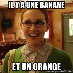 Sexually Oblivious Girl - IL y a une banane et un orange