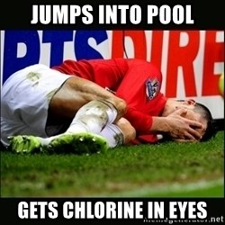 cristiano ronaldo crying - Jumps into pool Gets chlorine in eyes