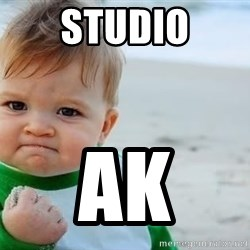 fist pump baby - Studio Ak