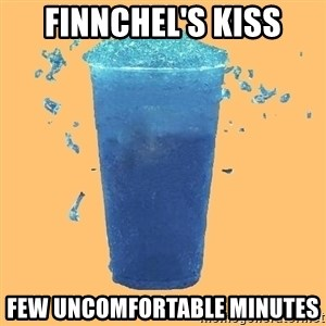 Gleek - finnchel's kiss few uncomfortable minutes