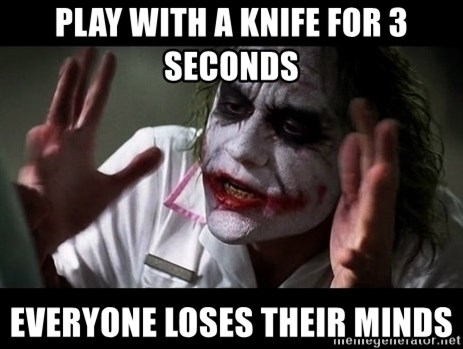 joker mind loss - Play with a knife for 3 seconds Everyone loses their minds