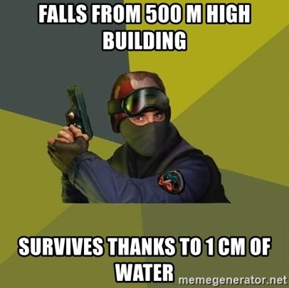 Counter Strike - Falls from 500 m high building survives thanks to 1 cm of water