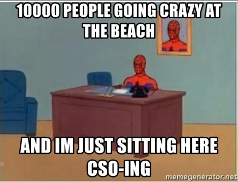 Spiderman Desk - 10000 people going crazy at the beach and im just sitting here cso-ing
