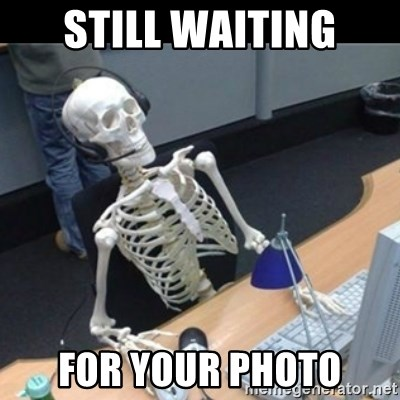 Skeleton computer - Still waiting For your photo